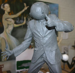 a sample to how the frank sidebottom statue may look like